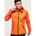 Superdry - Куртка для бега с карманом на пояснице Active Featherweight Jacket